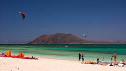 Corralejo Windsurfing and Kitesurfing at Flag Beach.