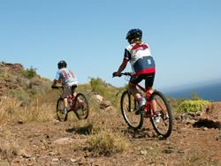 Canary Islands - Gran Canaria Windsurf, Stand Up Paddle Board Holiday. MTB Bike and cycling excursions.