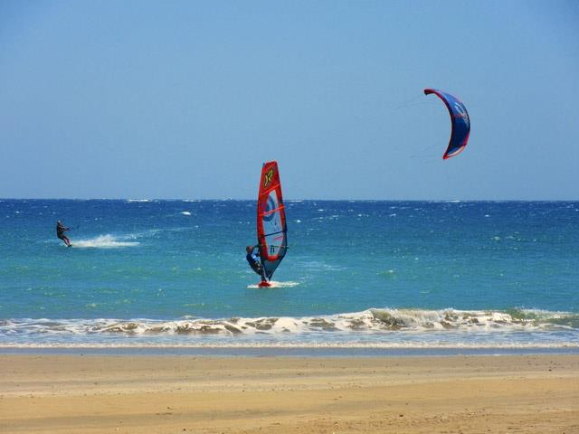 Learn to windsurf holidays