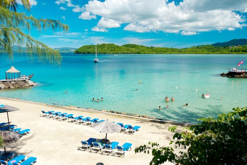 Explore The Beauty Of Caribbean: Martinique Windsurf And Kitesurf Holidays With Sportif Travel