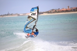Cape Verdes Windsurfing Holiday - windsurf wave action