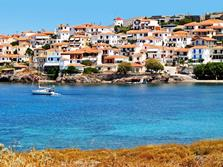 Sigri - Lesvos. Windsurf and kitesurf holiday.