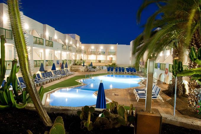 Hotel Dunas Club Corrajelo Pool At Night
