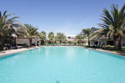 Hotel Dunas De Sal, Cape Verde. Swimming pool.
